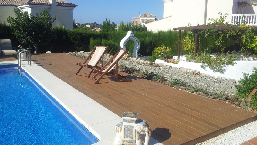 Decking Carpenter - Complete Carpentry Fuengirola